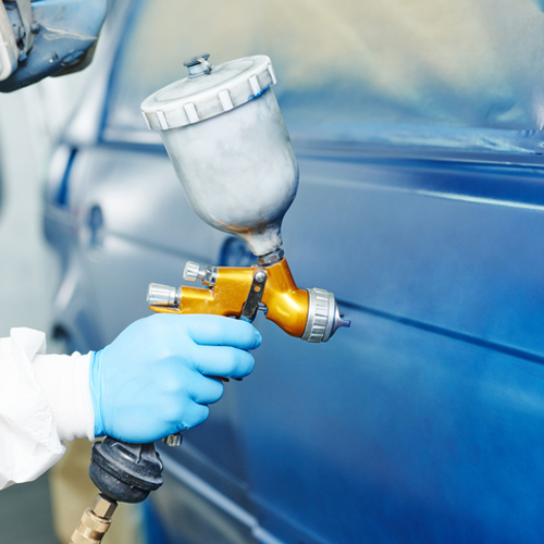 Spray guns are equipment that can spray paint or varnish using air pressure