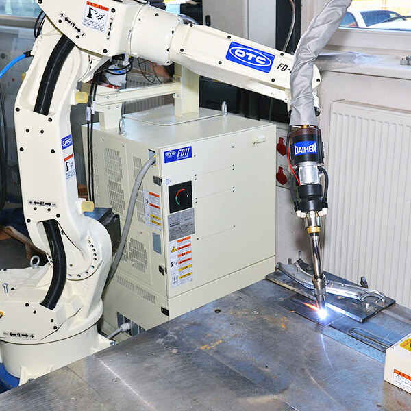 Robotic Welding: What companies do need it and how to set it up
